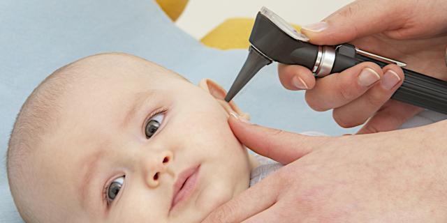 Controlli e visita del neonato dal pediatra – 7° mese