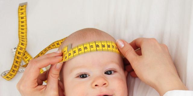 Visita del neonato dal pediatra – 10° mese