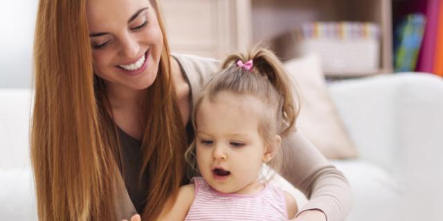 Raccontare fiabe e favole al bambino