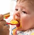 Il bambino distingue sapori durante lo svezzamento