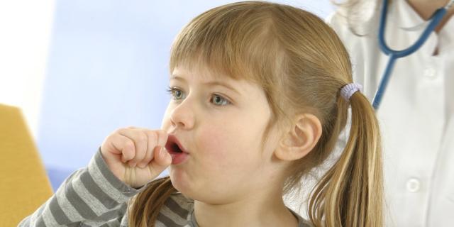 Tosse cronica per un bambino su dieci