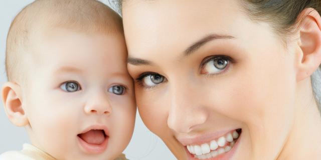 Neonato: la memoria migliora se sente voci felici