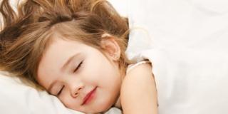 Tablet e smartphone alterano il sonno dei bambini