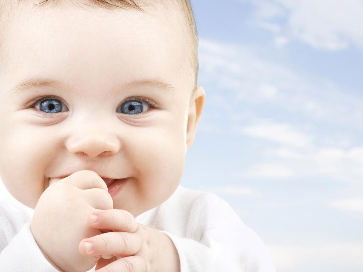 Bambini piccoli immagini zu91 pineglen for Giochi per bambini di un anno