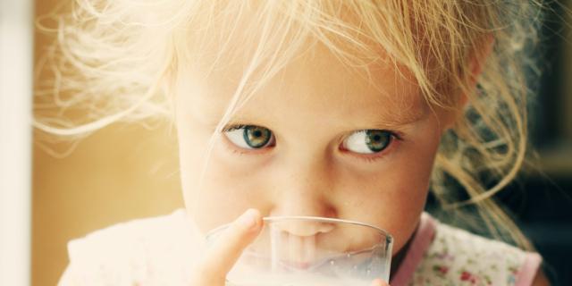 Latte fresco: i benefici per i bambini