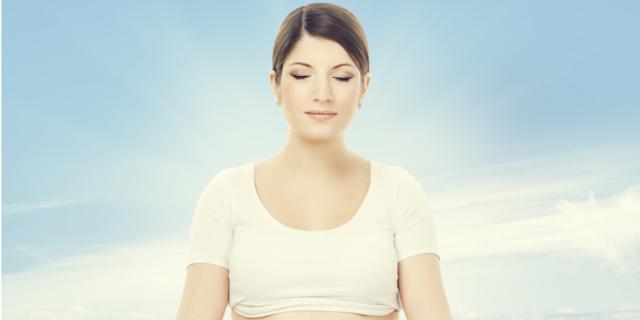 Durante e dopo la gravidanza: i benefici dello yoga