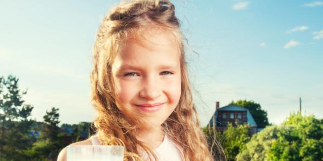 Tanto latte fino agli undici anni, ma gli adolescenti lo snobbano