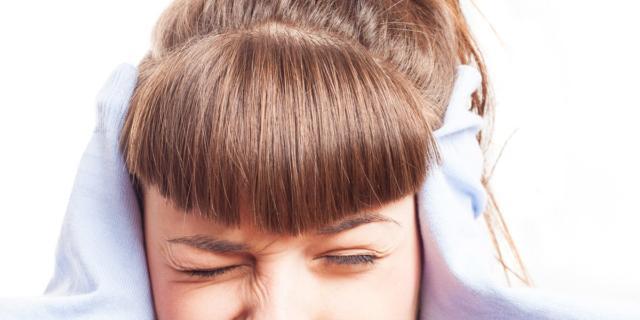 È primavera: attenzione al mal di testa tra gli adolescenti