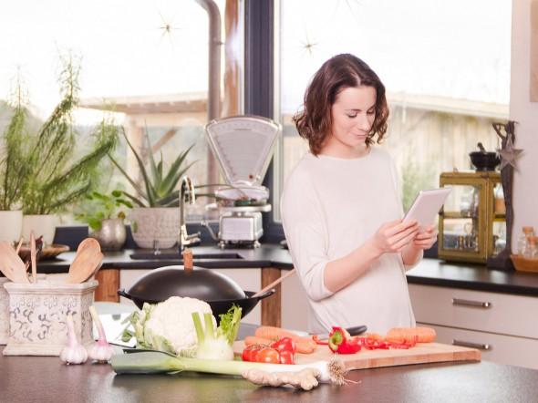 Batteri in cucina attenzione a strofinacci e cellulari - Sesso in cucina ...