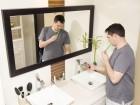 Dipendenza da sms: i ragazzi usano il cellulare anche in bagno!