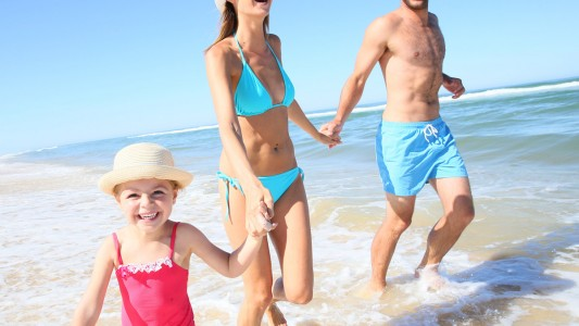 Estate 2016: 10 consigli dai pediatri per le vacanze con i bambini