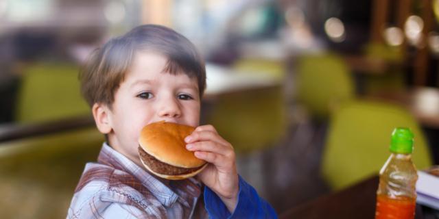 Emergenza obesità infantile, una vera malattia