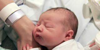 Nuovo test del Dna sui neonati per predire le malattie genetiche