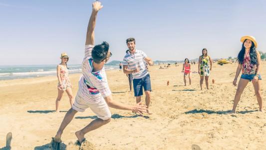 In spiaggia aumenta il rischio di farsi male