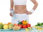 Perdere peso senza restrizioni, si può! Bevi acqua prima dei pasti