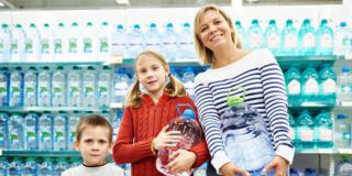 Quanta acqua bere al giorno? Forse non tanta!