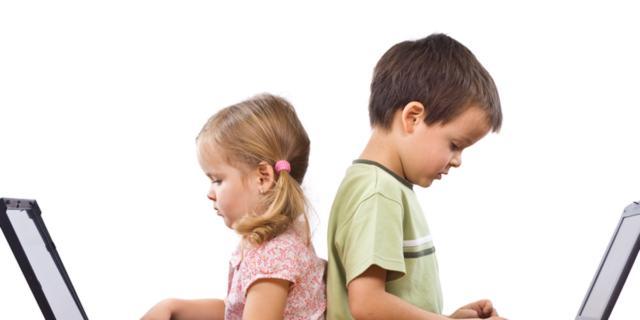 Smartphone e pc, a rischio privacy dei bambini