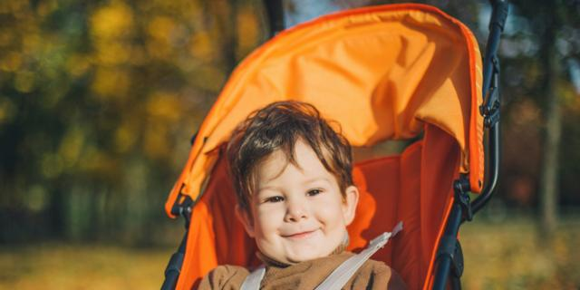 Passeggino: troppi i bambini che lo usano dopo i 4 anni