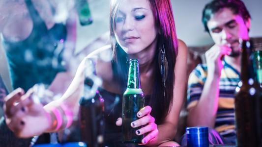 Allarme Chemsex: sesso, droga e alcol insieme!