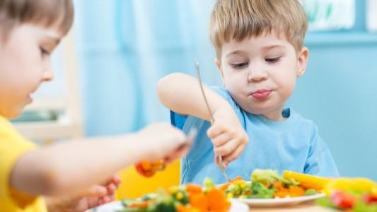 Allergie: oltre la metà delle scuole ha un bimbo a rischio