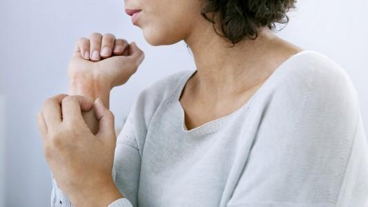 Orticaria da stress: colpiti soprattutto i ragazzi