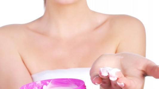 Allarme parabeni: potrebbero favorire il cancro al seno