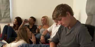 Rischio ictus per i giovani che fumano cannabis