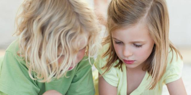 """Smartphone e tablet: sempre più """"amici"""" dei bambini"""