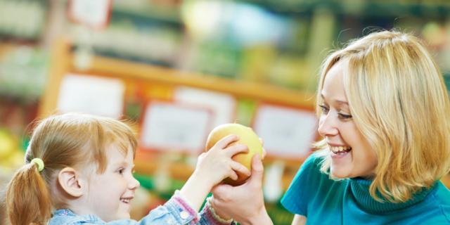 Più frutta, meno merendine… Cambia la spesa degli italiani