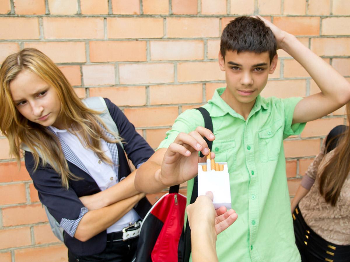 Fumo Vizio Sempre Più Diffuso Tra I Giovani Bimbi Sani E Belli