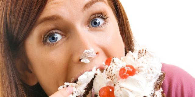 Come dimagrire? Mangiando allo specchio