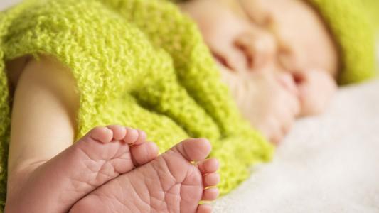 Il parto cesareo rende i bambini più vulnerabili