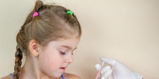 Vaccinazioni: in calo anche la seconda dose della trivalente