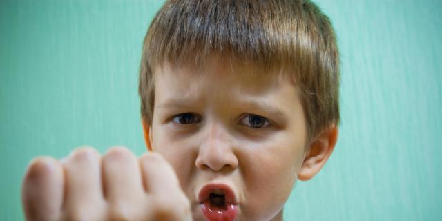 Bambini aggressivi? La responsabilità è (anche) del cortisolo