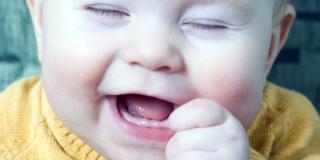 La febbre da denti non esiste: sfatato un mito