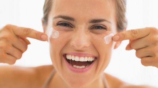 Rughe addio: scoperto l'enzima che fa invecchiare la pelle