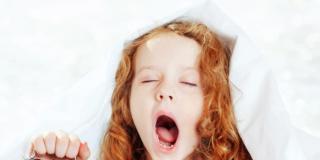 Bambini: le abitudini che danneggiano il sonno