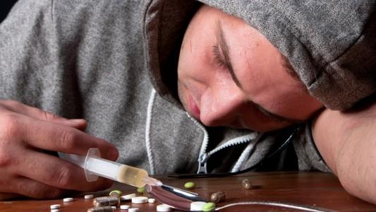 Eroina: raddoppiato il consumo tra gli adolescenti