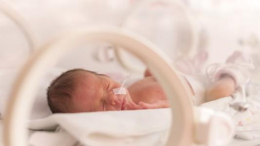 Prematuri: un'associazione in aiuto dei genitori