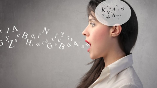Cervello donne più a rischio demenza: allenarlo per proteggerlo
