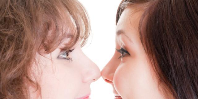 """Rivali in amore: le donne hanno """"naso"""""""
