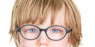 Miopia nei bambini: funziona la cura del sole