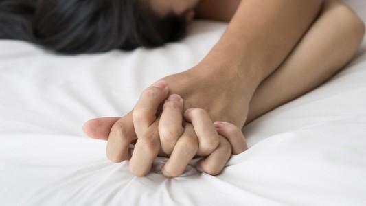 Orgasmo: non è solo questione di testa… per lei