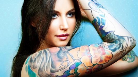 Aghi e pigmenti: ecco i rischi dei tattoo