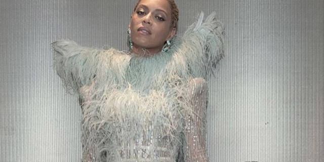 Beyoncé: il primo tappeto rosso con la piccola Blue Ivy