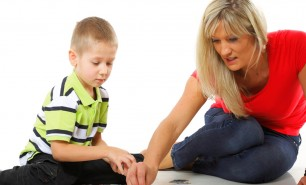 Genitori invadenti, ansia e depressione nei figli