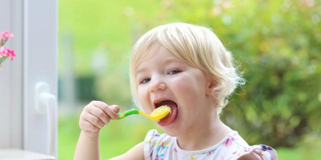 Dieta bambino: quanto deve mangiare da 1 a 4 anni?