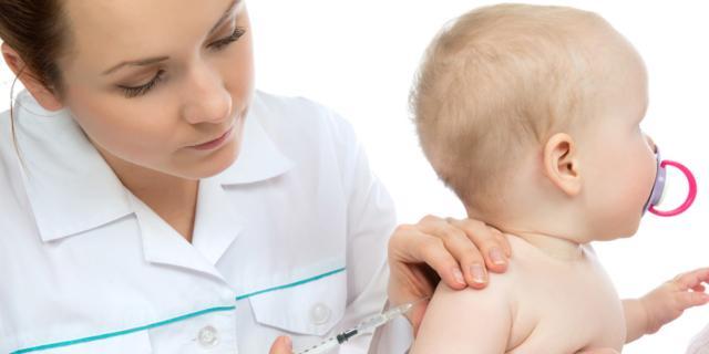 Meningite: nessun allarme, ma sì alle vaccinazioni