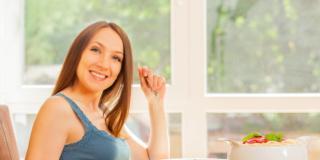 Alimentazione in gravidanza: attenzione a 8 alimenti!