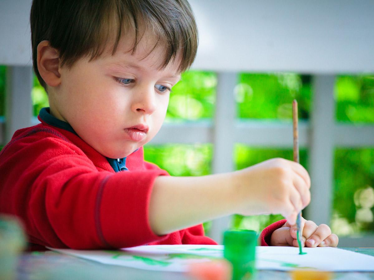 Risultati immagini per un bambino di 3 4 anni